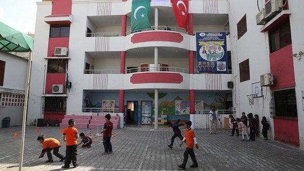 Pakistan ın Sindh eyaletindeki FETÖ okulları TMV ye devredildi