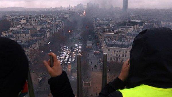 Paris te cumartesi günü hayat duracak
