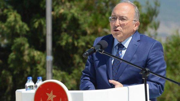 Prof Dr Ahmet Haluk Dursun kazada yaşamını yitirdi