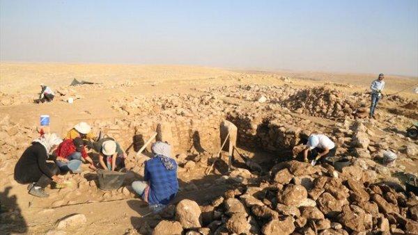 Şanlıurfa da Göbeklitepe benzeri yapılara rastlandı