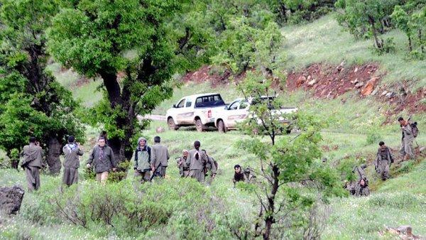 Terör örgütü PKK Sincar da çocukları silah altına alıyor