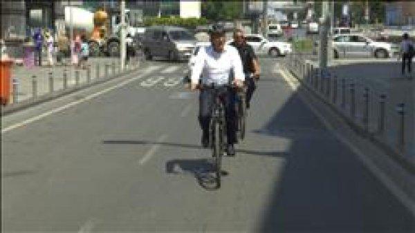 Trafiğe bisikletli çözüm arayışı