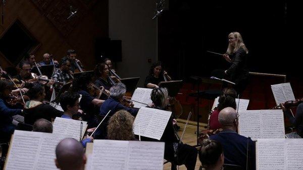 Usta kadın müzisyenler CSO konserinde buluşacak