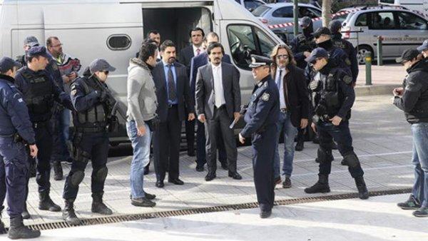Yunan Bakan dan 8 darbeci asker hakkında skandal açıklama