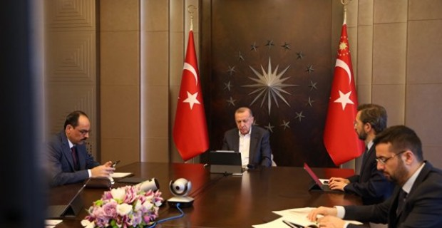 Erdoğan MİT Başkanı Hakan Fidan ile video konferansla görüştü