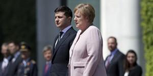 Merkel in titreyen görüntüleri endişe yarattı